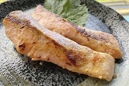 【2609-0163】栃木県のブランド魚「プレミアムヤシオマス」の切身セット 味噌漬、塩麹漬、刺身(生食用)