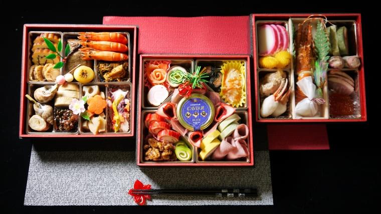 BN051_【2021新春】佐賀県産みやき町三段特撰おせち料理「寿宝」