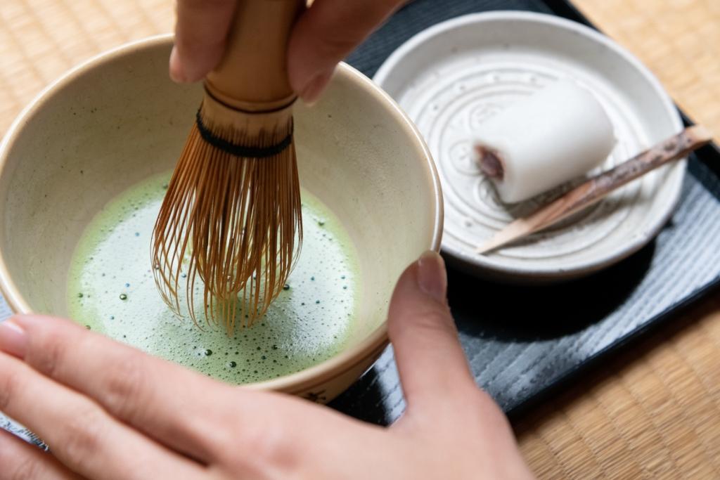 015-003 【限定プラン】伝統文化「茶室でお点前体験」羽織で抹茶!