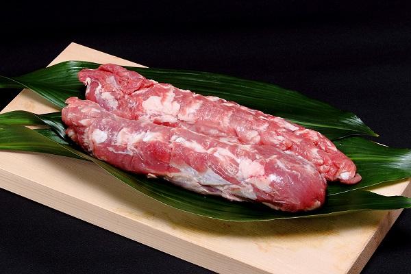 109 北海道産豚肉(ヒレ肉)【1.2kg前後】 12,000円