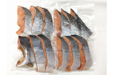 A4096 塩引鮭半身(3切×4パック)