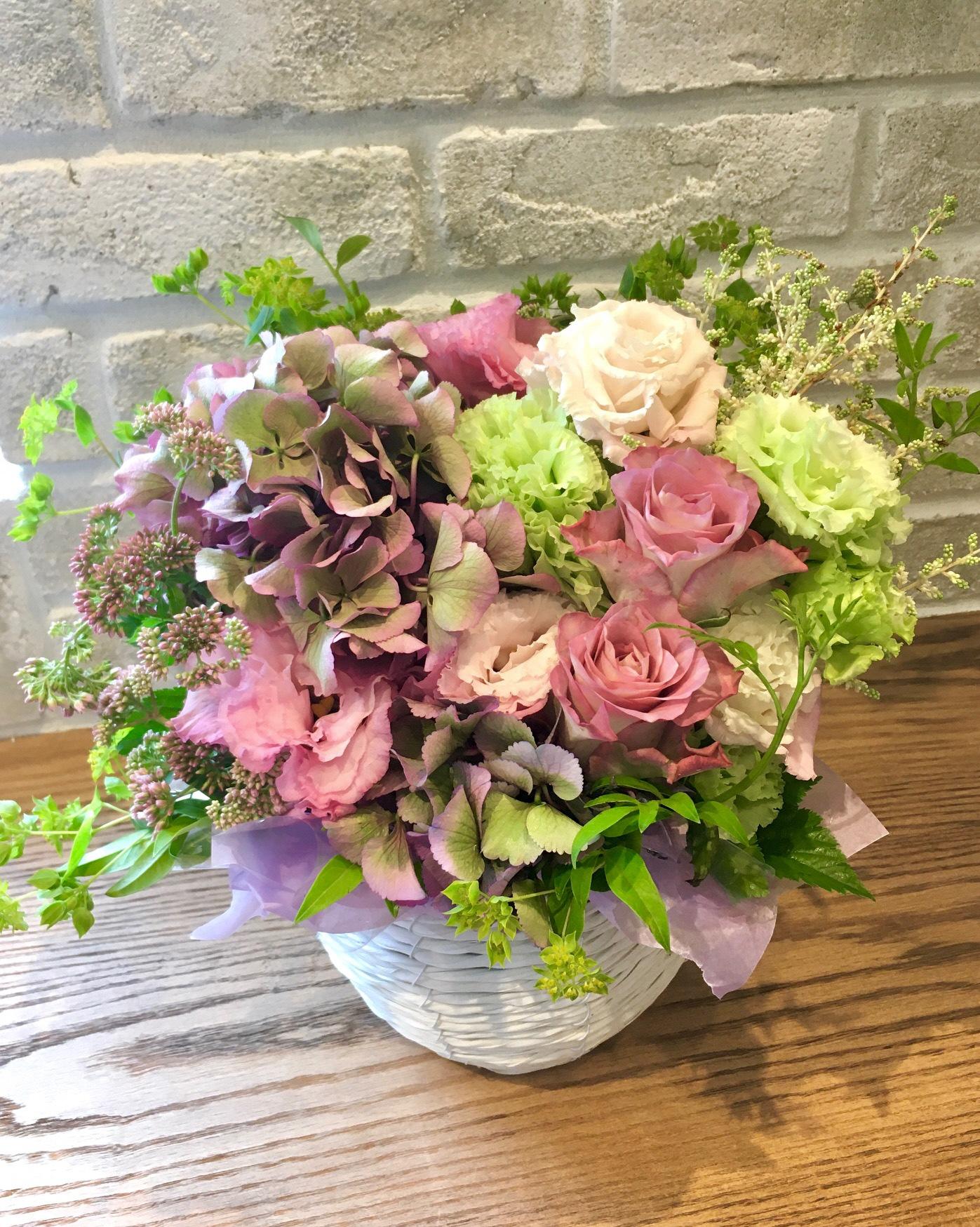 G10kashin季節の生花アレンジメント