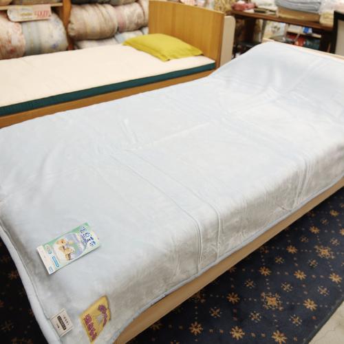 温泉に入ったときのような心地よさ「温泉毛布ニゅ~マイヤー(一重毛布)」シングルサイズ140cm×200cm【クリーム】