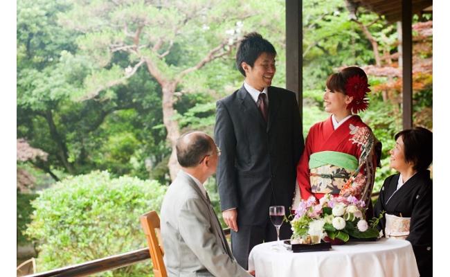 410-01jin 元湯陣屋の婚礼プロカメラマンによる写真撮影プラン《緑の庭園でのご撮影~1時間》