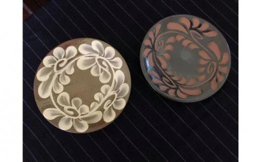 【伝統工芸】やちむんカフェ器人 5寸皿いっちん&黒釉セット